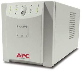 APC Smart-UPS 700VA w/Auto Select Input Voltage 120V/230V In 120V Out